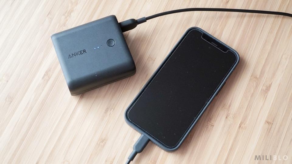 PowerCore Fusion 5000とiPhone12 mini