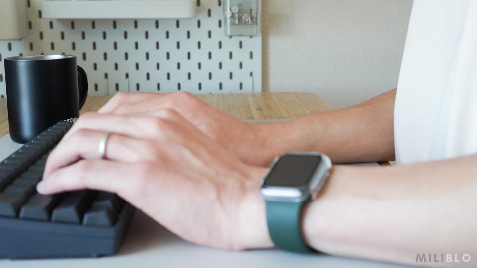 HHKB Professional HYBRID Type-S/日本語配列(墨)を打ってる時の手首