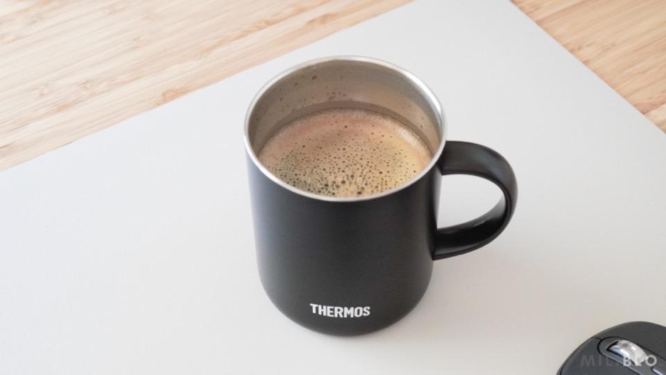 コーヒーを淹れたサーモスのマグカップ